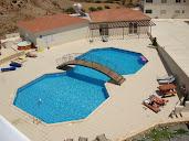 #7 Outdoor Swimming Pool Design Ideas