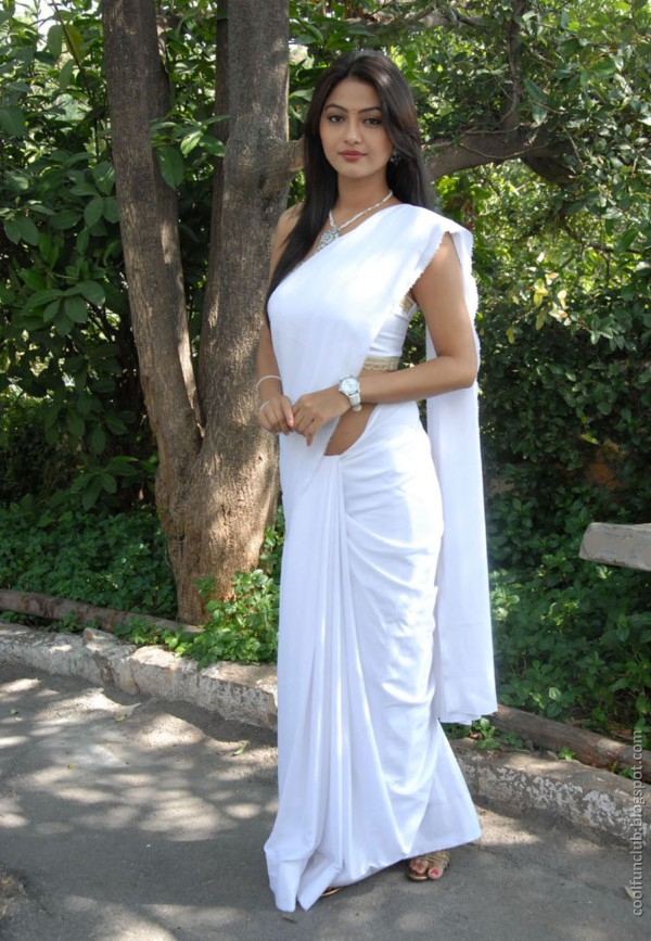 actress kumkum 15 Telugu cinema Actress Kumkum in White Saree