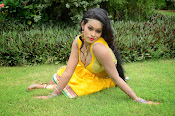 Item Girl Nisha hot photos-thumbnail-8