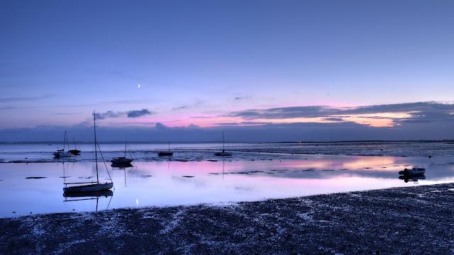 Low Tide  Ocean at Dawn
