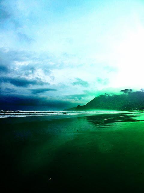 ocean oregon coast manzanita beach cliffs northwest amongst waves