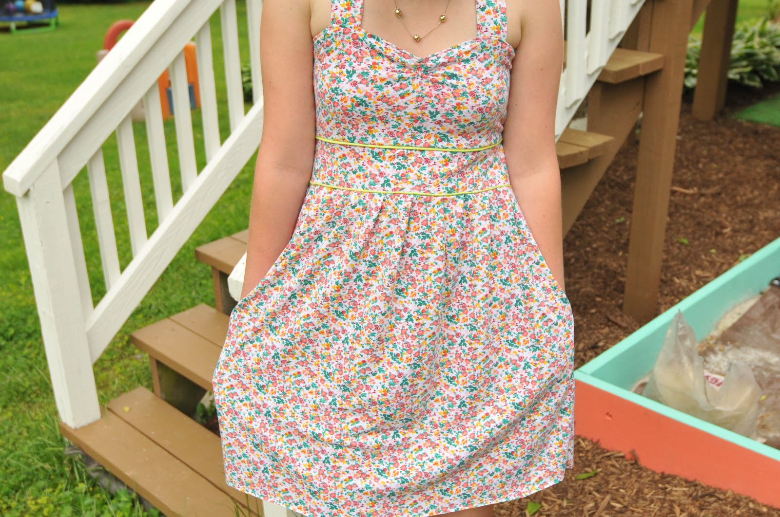 Two-many: Touch of Vintage Sundress