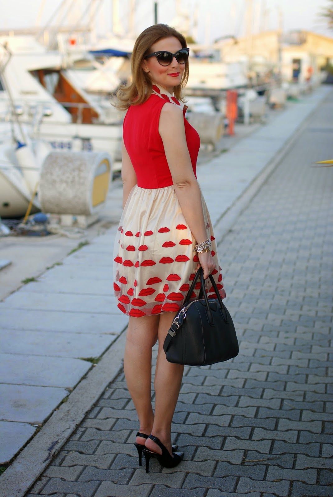 Choies red lips dress, Givenchy Antigona, Nando Muzi shoes, Fashion and Cookies, fashion blogger