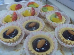FRUIT AND CHOCOLATE TARTS