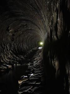 Túnel bajo puntilla San Luis