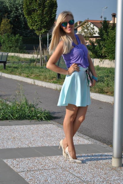 outfit gonna a ruota come abbinare la gonna a ruota abbinamenti gonna a ruota come abbinare i colori pastello mariafelicia magno fashion blogger colorblock by felym fashion blog italiani fashion blogger italiane outfit agosto 2015 outfit estivi outfit estivi donna summer outfits how to wear round circle skirt how to wear round skirt round skirt outfit blonde girl ragazze bionde blogger milano blogger bionde