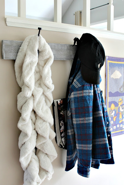DIY Rustic coat rack