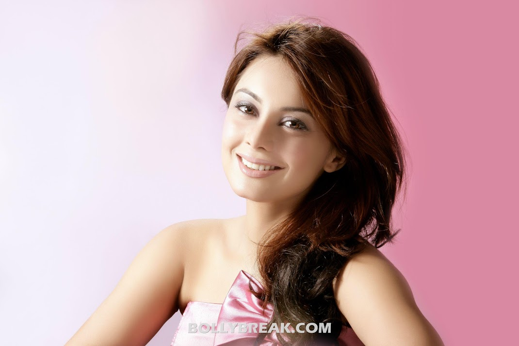 Minissha Lamba HD Wallpapers