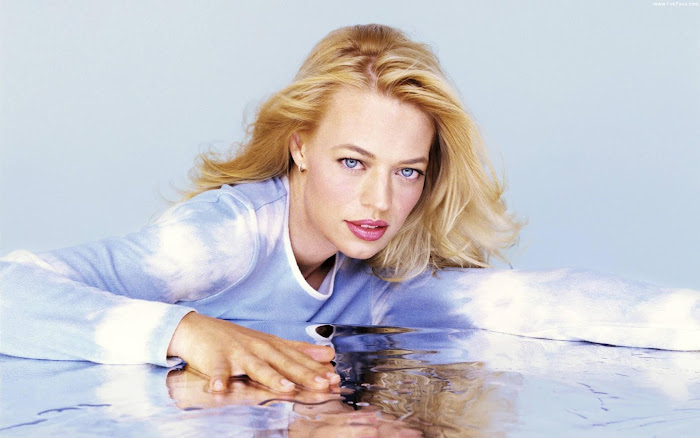 Jeri Ryan HD Wallpaper -05