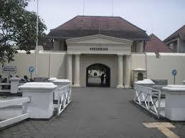 Visitindonesia; Visiting Vredeburg Fort Inwards Yogyakarta