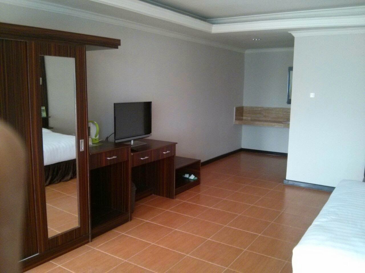 Check In Hotel Golf Resort Cikadang Sukabumi