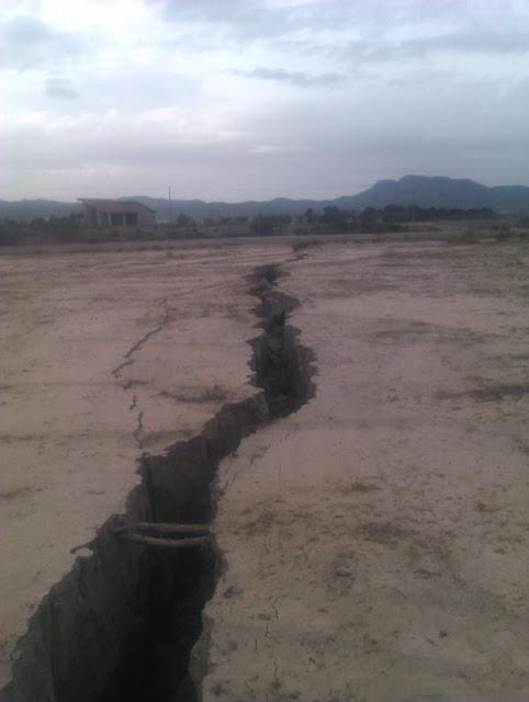 Une fissure gigantesque s'ouvre dans le sud de l'Espagne! 5