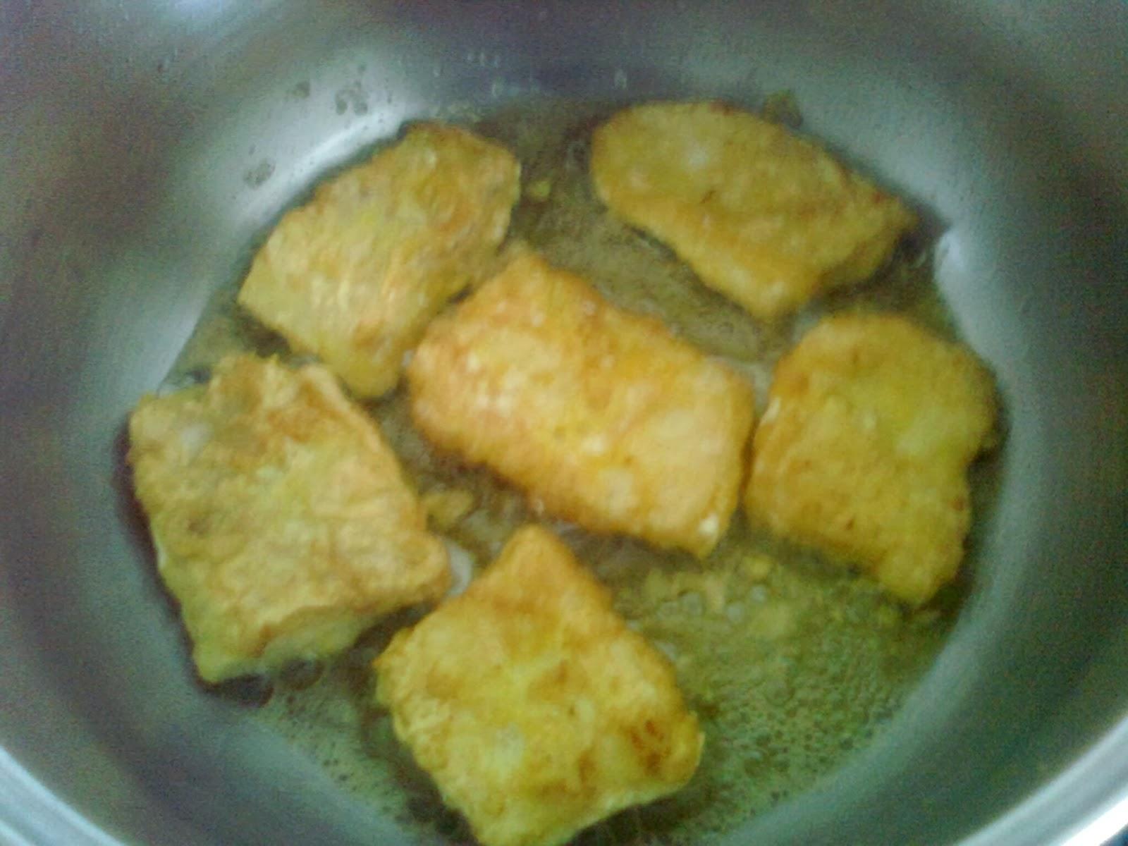Comocomodiadia bacalao guisado con patatas - Patatas en caldo con bacalao ...