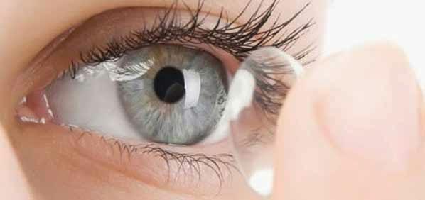 Tips Menggunakan Lensa Kontak dengan Benar