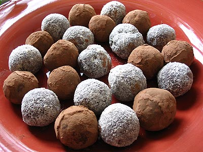 Best-Ever Rum Balls | Lisa's Kitchen | Vegetarian Recipes | Cooking ...
