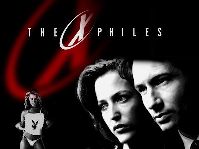 X-Files. Notez que X-Philes et le nom que se donnent réellement certains fans de la série (ou ne le notez pas, ce n'est honnêtement pas une information cruciale).