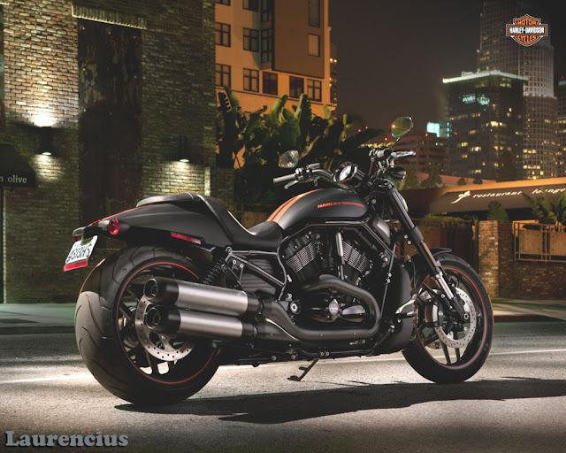Harley-Davidson-VRSC_Night_Rod_Special_VRSCDX