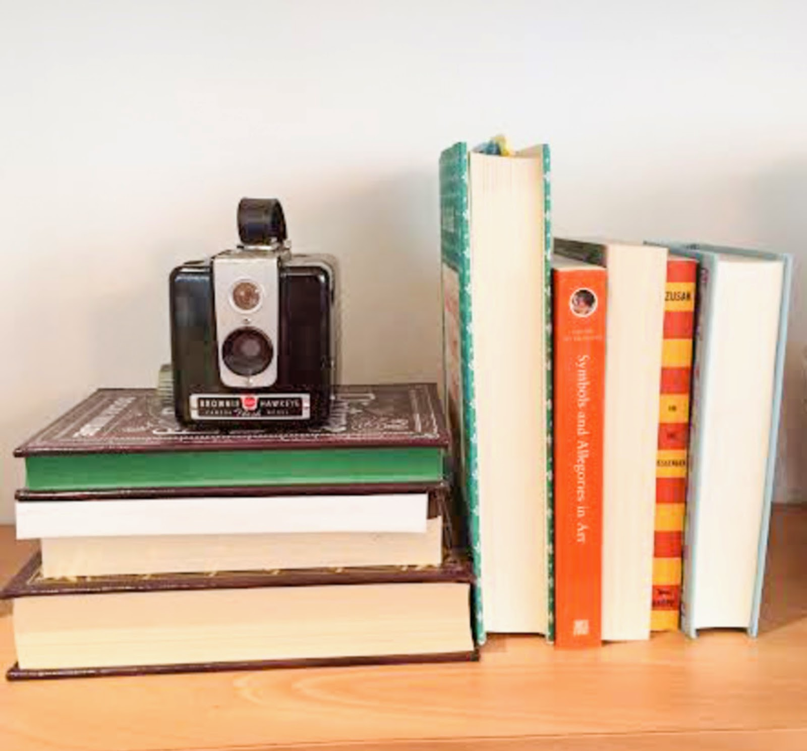 Arranging your book case