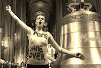 FEMEN Notre Dame de Paris