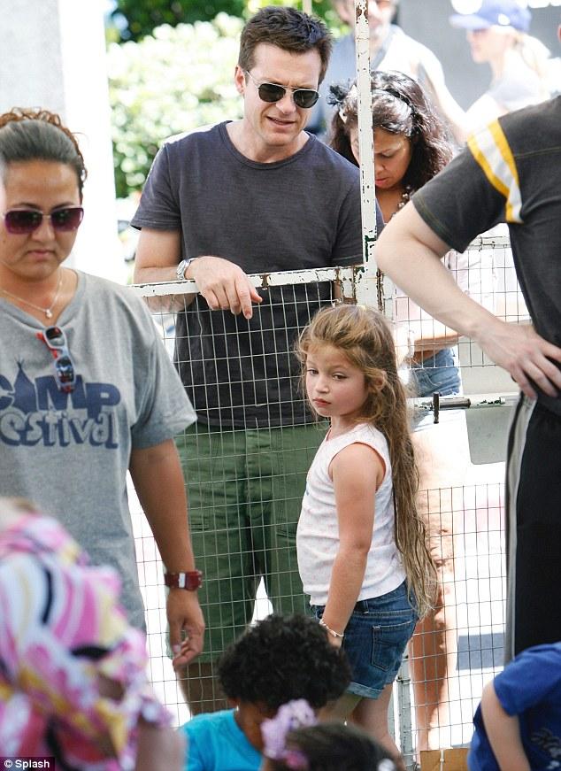 Jennifer beals daughter ella