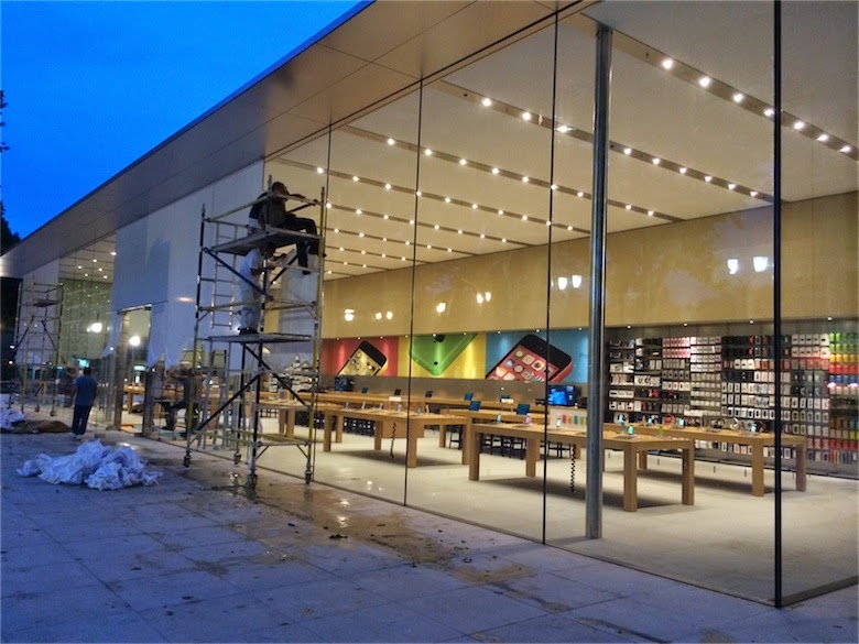 cabelkawan photos apple store aix en provence. Black Bedroom Furniture Sets. Home Design Ideas