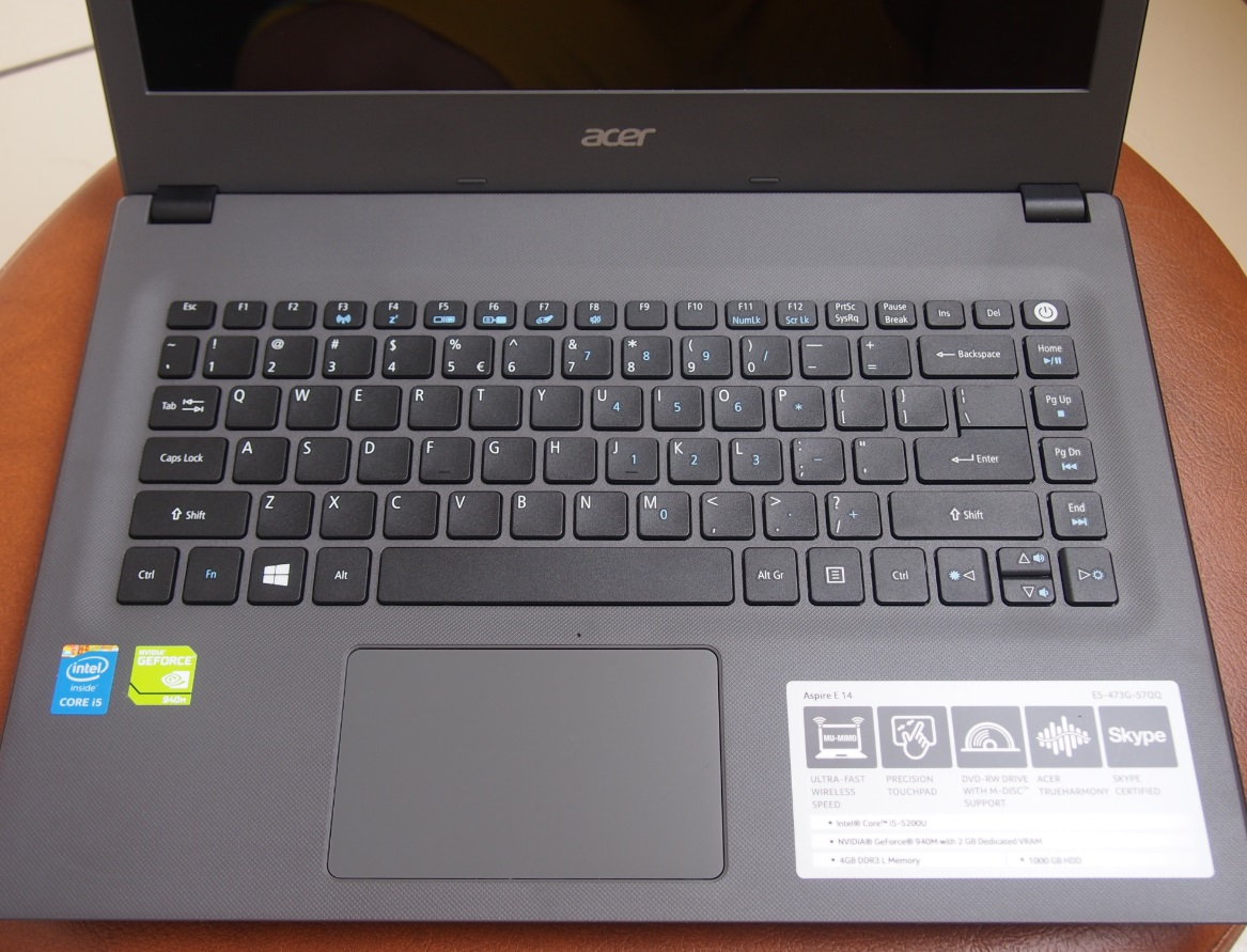 how to turn screen on laptop acer windows 8.1