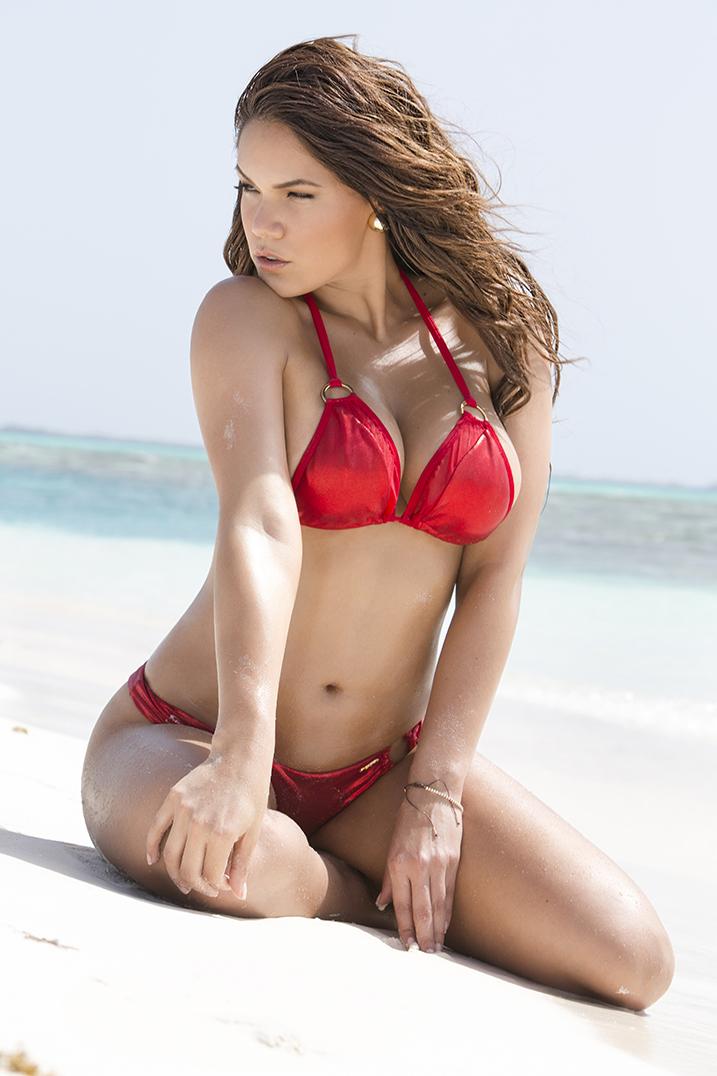 raquel maza topless bikini fotos desnuda tetas