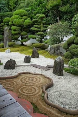 Plantas m gicas los jardines zen for Jardin zen casero