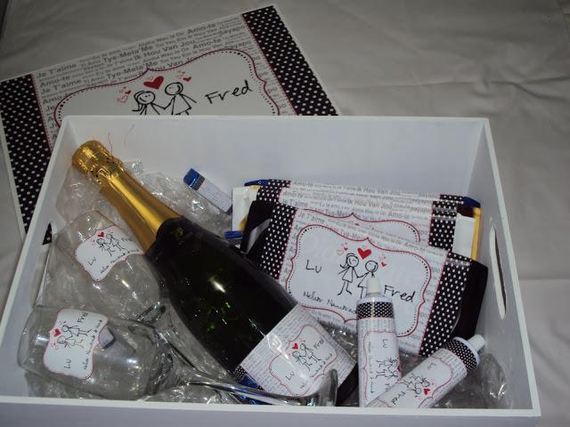 Caixa com vinho para dia dos namorados