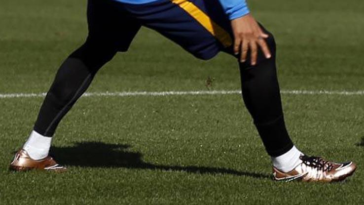 Nike Hyper Venom Phinish Neymar Boots For Boys Air Max 90 Gold Metallic 8ddb2e02addb