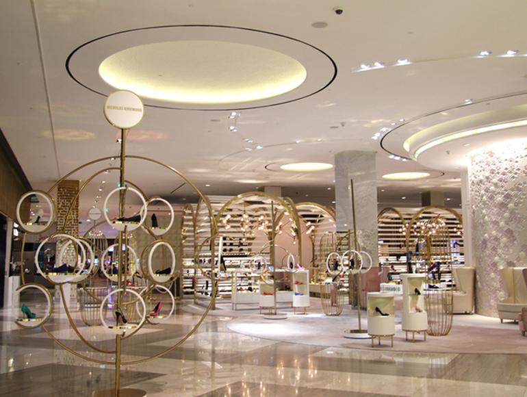 Paraíso dos sapatos no Dubai Mall