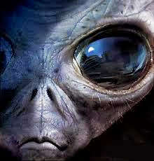 3.bp.blogspot.com/-3iMJXU-yh7Q/UjQk_XBiA6I/AAAAAAAAGgY/olmZC7TePjU/s400/alien2.jpg