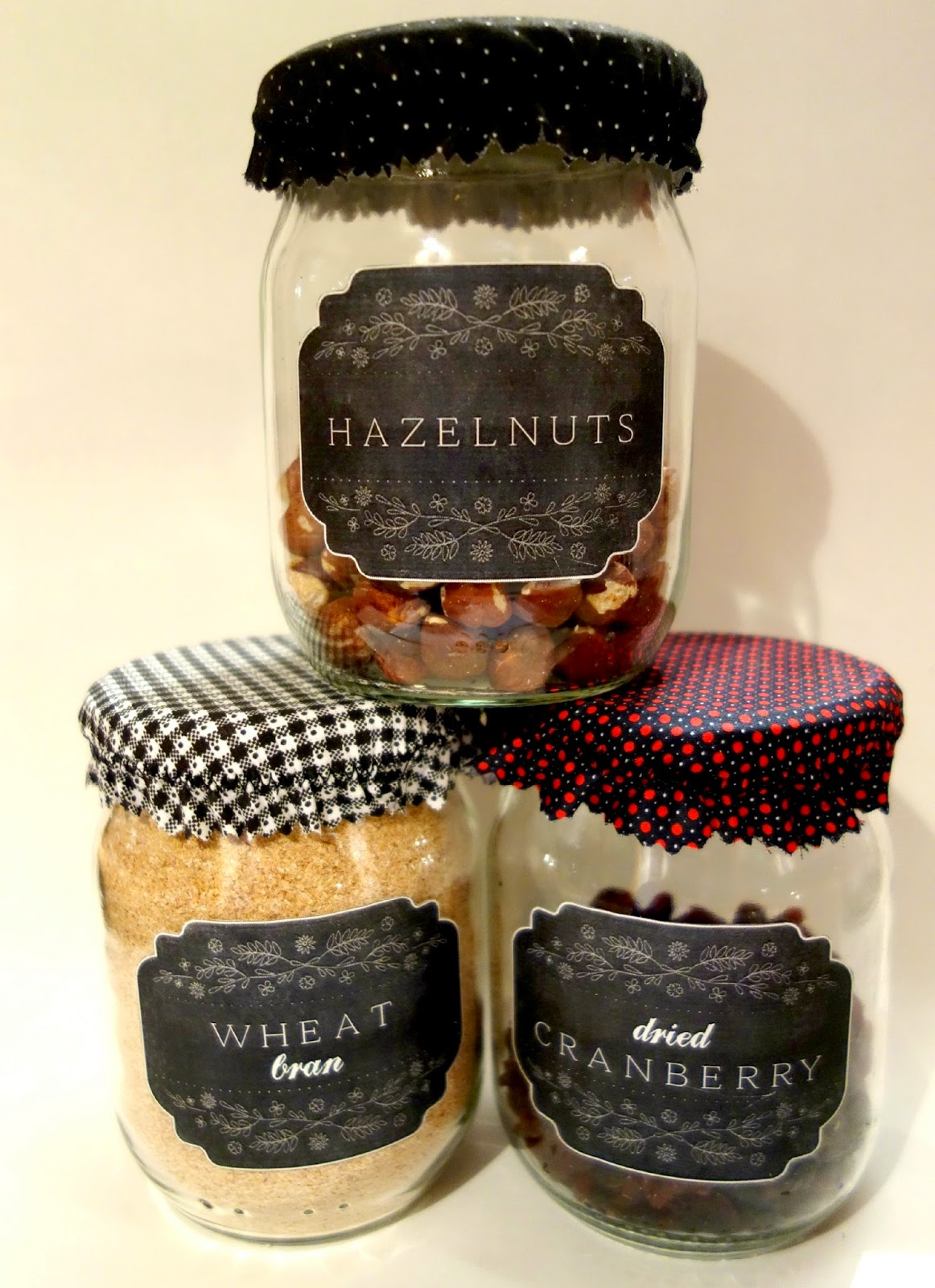 Kitchen Pantry Jars ~ Chalkboard Labels ~ Making on the Mountain