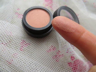 sarahgcosmetics, cosmetics, makeup, review, lipstick, whispersfromangels, blogger, foundation, powder, blusher, eyeshadow, brand, pink, peach, black