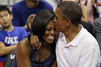 Obamas Kissing Basketball Game
