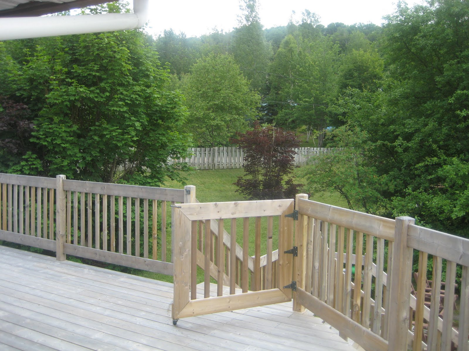 Beautiful family vacation spot for rent renovated balcony for Laurentian mountains cabin rental