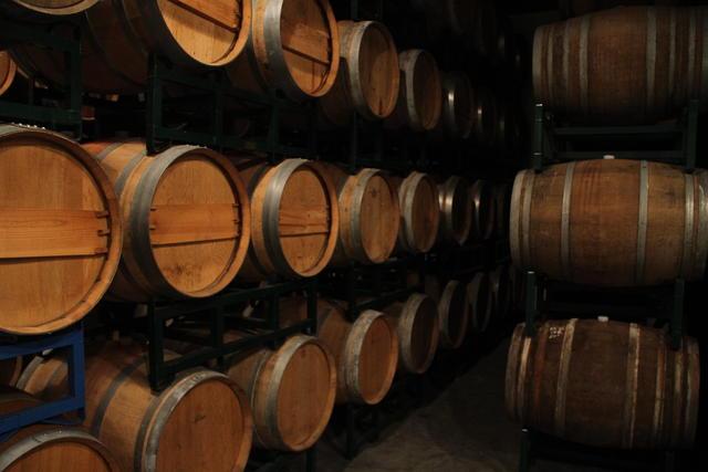 Bars in Williamsburg Brooklyn: Brooklyn Winery