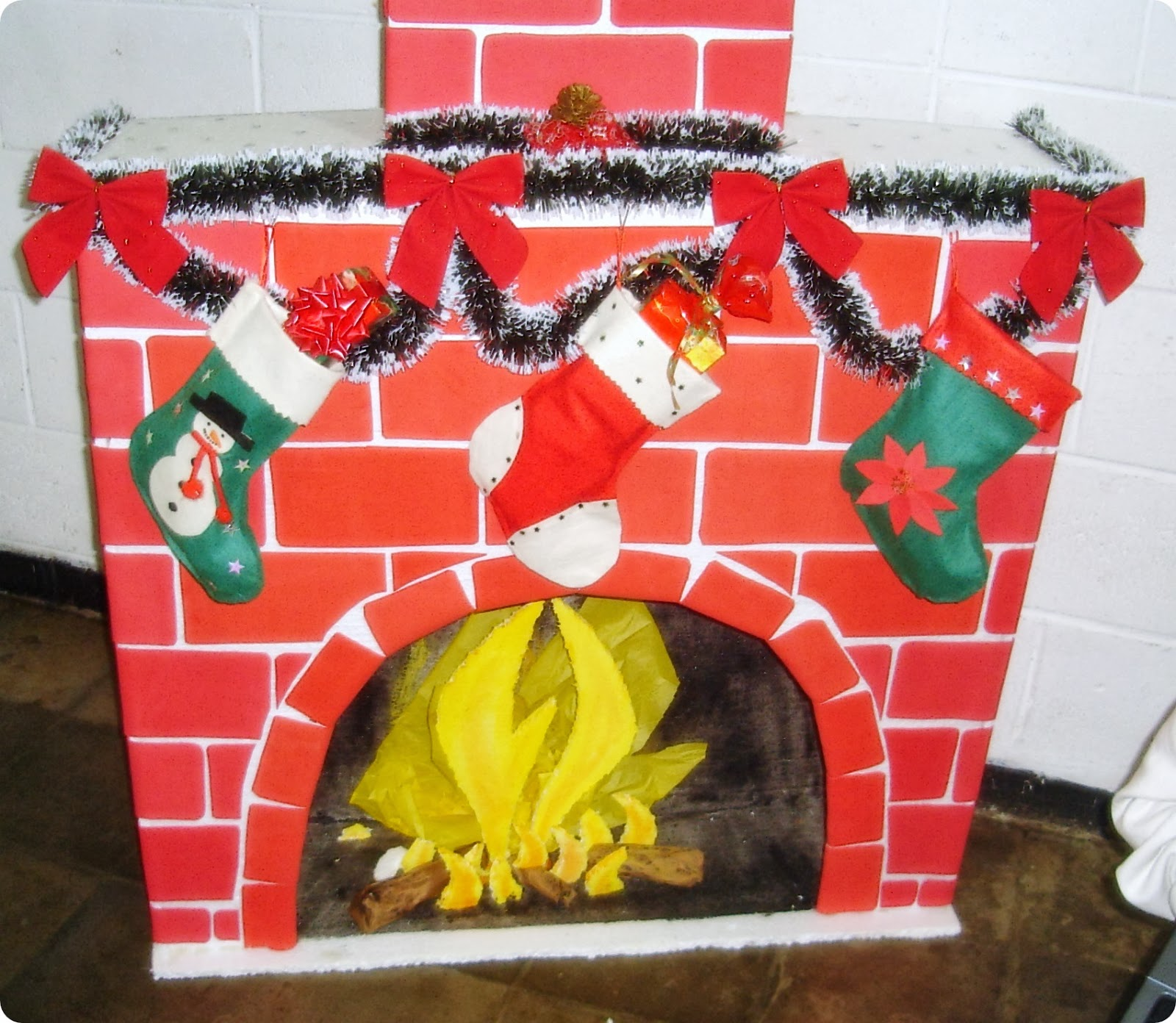 Manualidades rene chimenea navide a otra vez - Dibujos de chimeneas de navidad ...