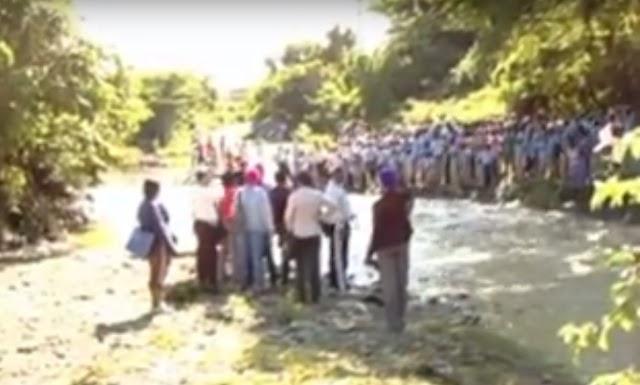San Juan-Aguaceros deja atrapados Estudiantes y maestros crecida de ríos-Video