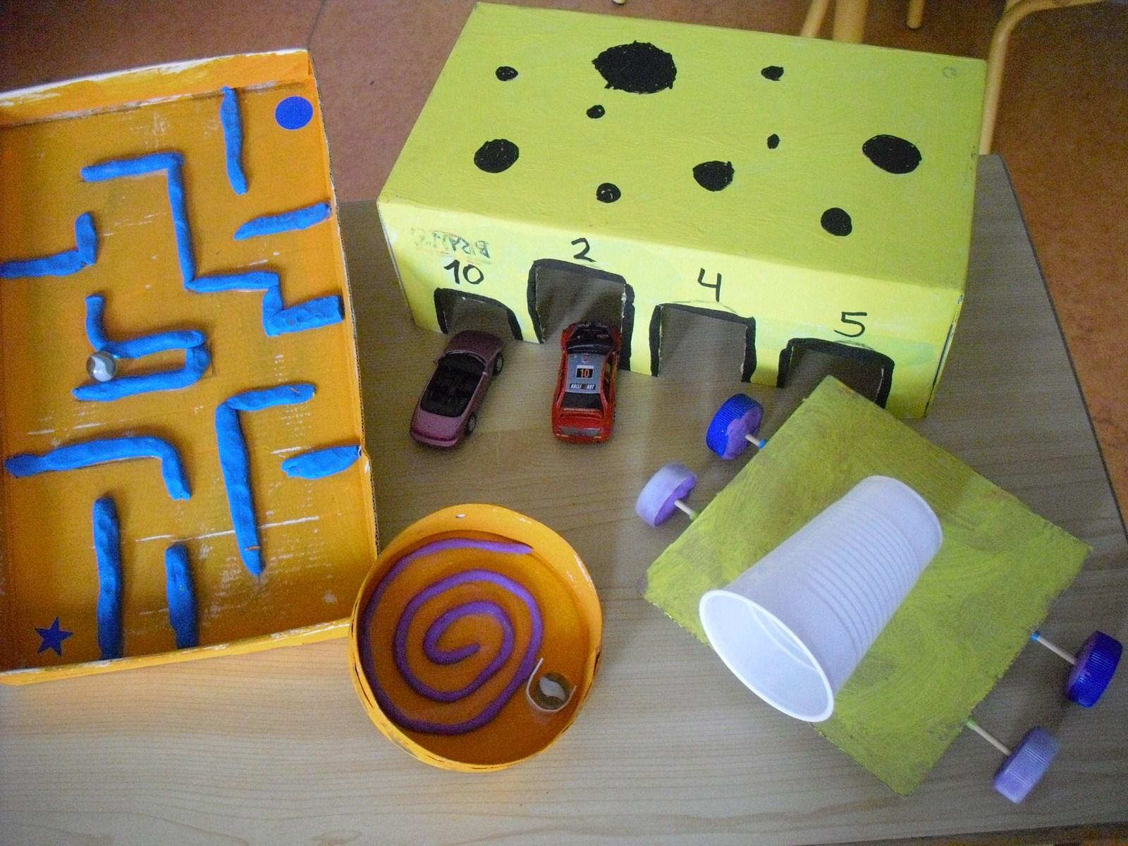 Revista padres 10 juguetes reciclados manualidad para ni os - Manualidades para ninos reciclaje ...