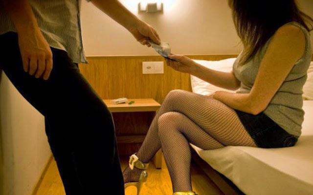 Daftar 200 Nama & Tarif Artis PSK Prostitusi Online