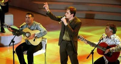 Sanremo 2004 - Massimo Modugno e Gipsy Kings - Quando l'aria mi sfiora