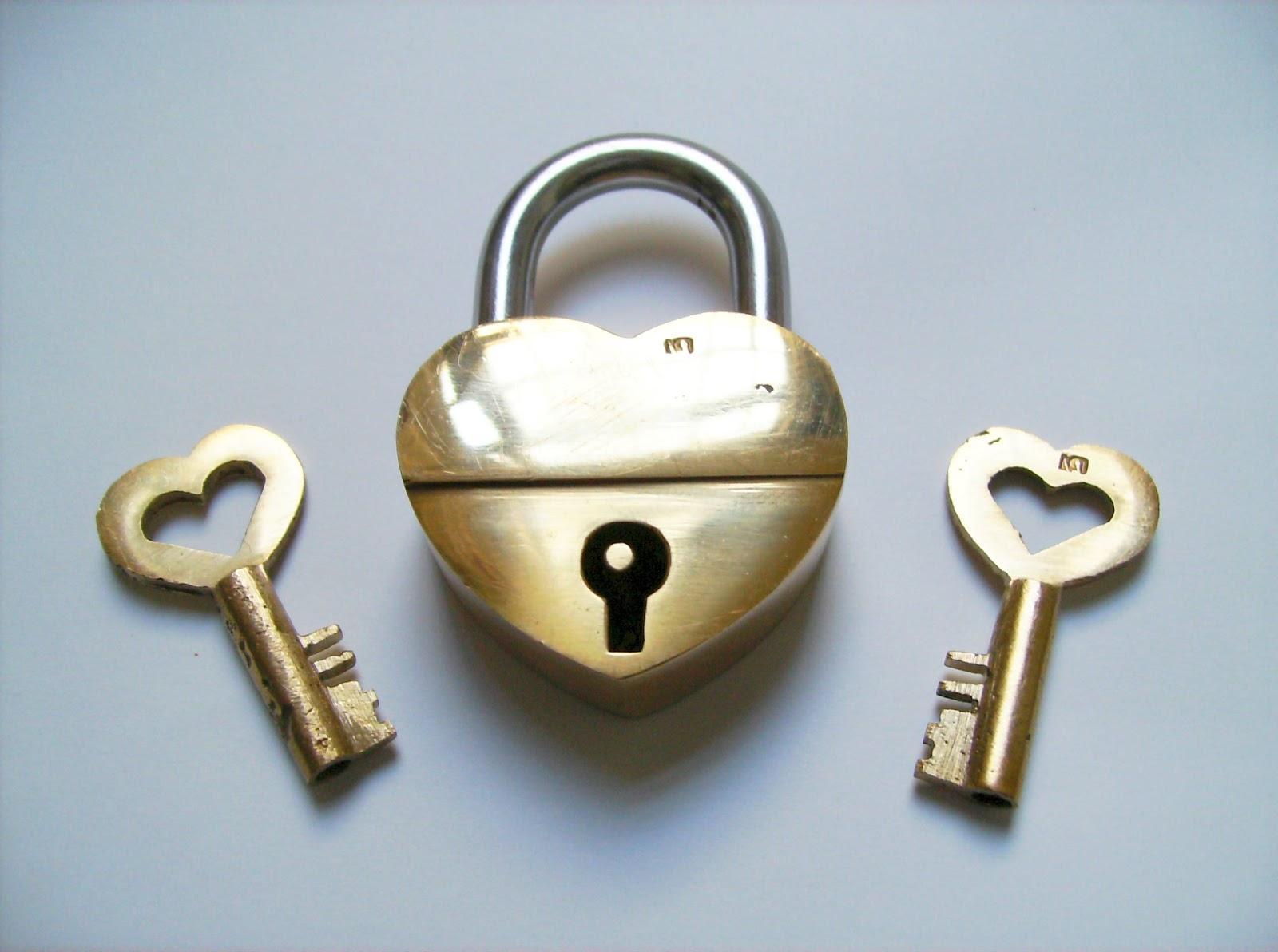 Gabriel Fernandes\' Puzzle Collection: Trick Lock - Broken Heart