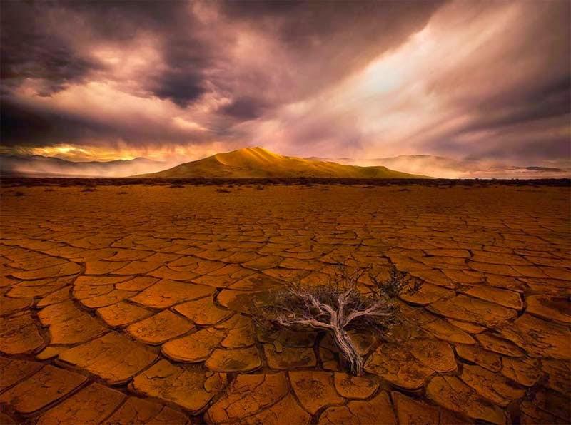 Fotografías impresionantes, Marc Adamus, War with the sky