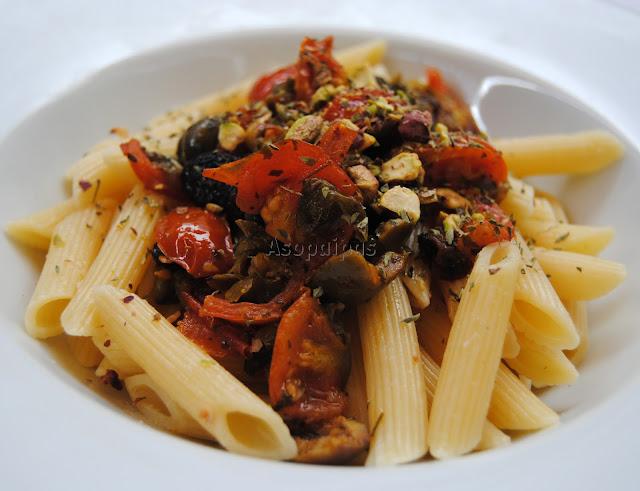 Macarrones con aceitunas y alcaparras penne olive e capperi asopaipas recetas de cocina - Platos de pasta sencillos ...