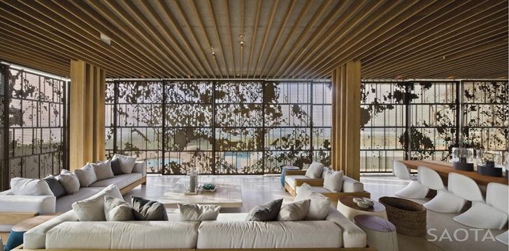 Living room furniture in African modern villa in Durban by SAOTA