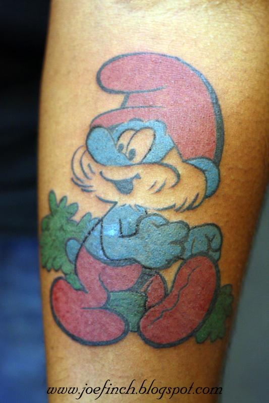 tattoos smurf dude pictures to pin on pinterest tattooskid. Black Bedroom Furniture Sets. Home Design Ideas