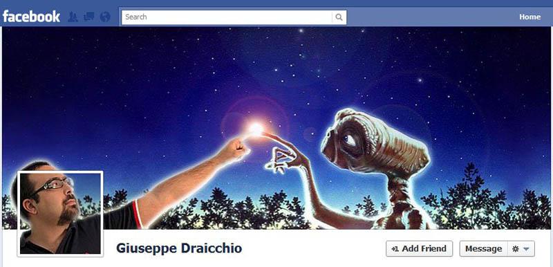 Capa para Facebook inspirada no filme ET