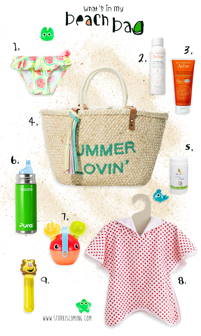 what's in a mom beach bag