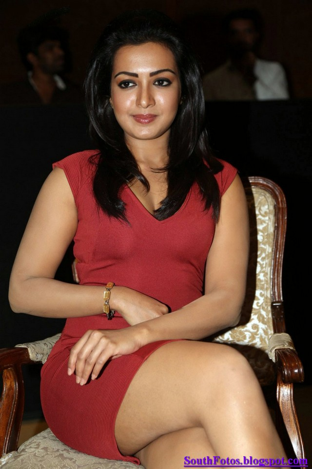 Catherine Tresa Hot Wallpaper